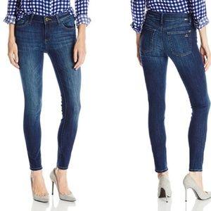 DL1961 Margaux Instasculpt Skinny Jean in Winter